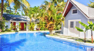 2 bedroom bungalow with pool inside