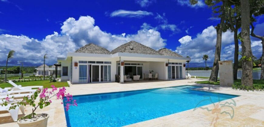Brand new luxury ocean front villas, financing for 30 years