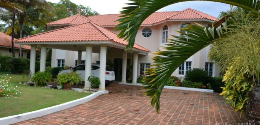 Villa with 4,5 rooms and 6 bathroom, in Sea Horse Ranch