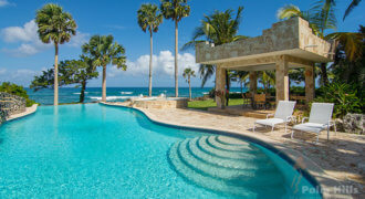 5 BR luxury ocean front villa inside an exlusive residential