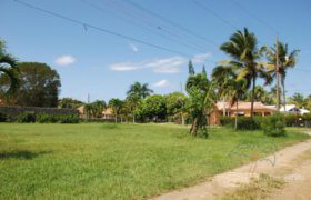 Building lots in gated community