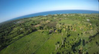Large Lot with excellent ocean view