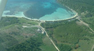 Land with 3,4 km beach, partial sale possible