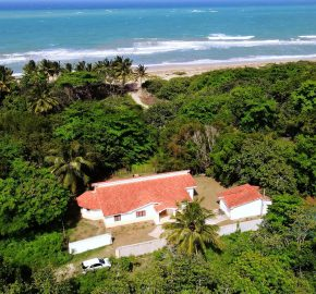 4 bedroom Beach Villa in Cabarete with owner financing