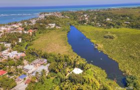 Residential building on the Laguna in Cabarete, 5 apartments and guest house