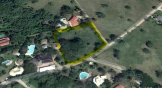 Twin building lots in Sosua