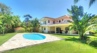 Spacious 4-Bedroom Villa in Cabarete
